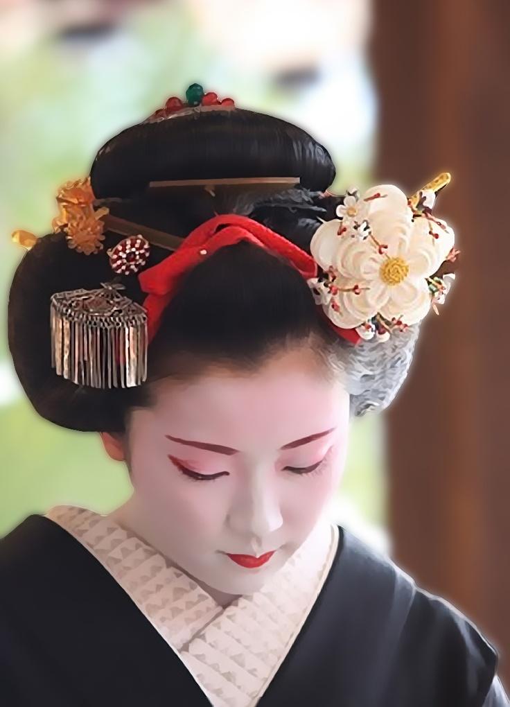 Kimono Hairstyles | Kimono | Pinterest | Dressing, Kimonos ...