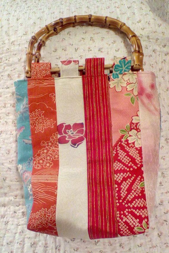 Etsy の Japanese Vintage Kimono Handbag by YoshCrafts もっと見る