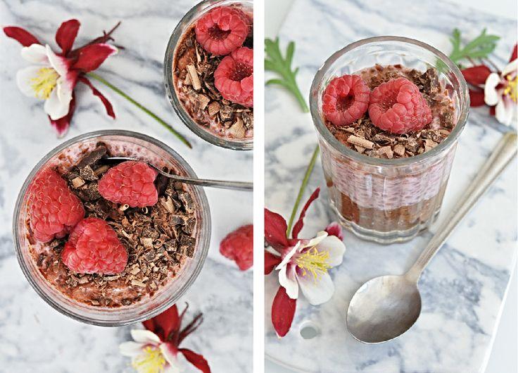 Kitchen story   Čokoládovo-malinový pudink z chia semínek   http://www.kitchenstory.cz