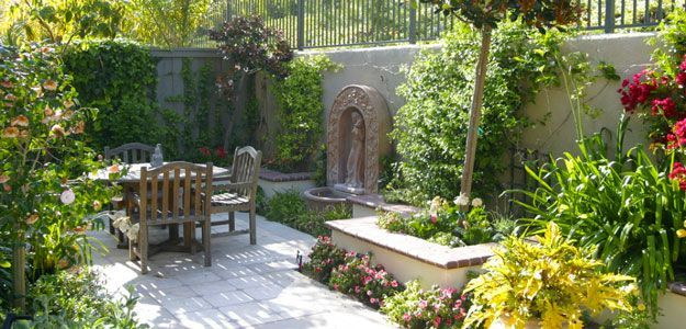 French Quarter Courtyard Designs Mediterranean Courtyard Garden Design