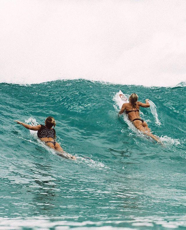 Surf Girl Surfer Surfing Wave Barrel Sea Beach Surfhair