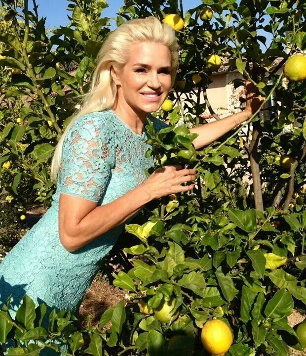 Exquisite photo of Yolanda Foster....Real Housewives of Beverly Hills!