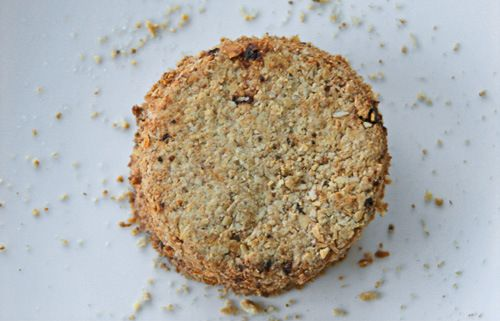 Wheat- and egg-free oatmeal crackers. | RH can have this | Pinterest
