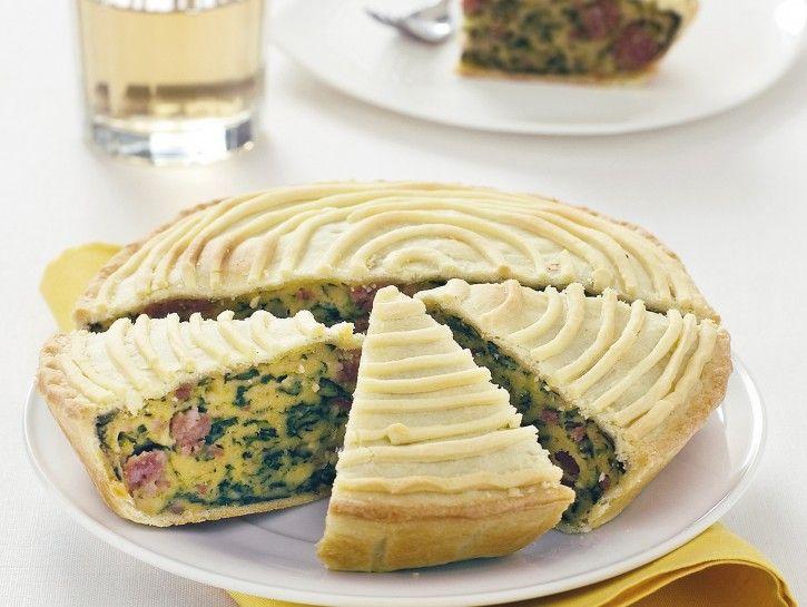torta-salata-con-erbette-grana-e-salsiccia