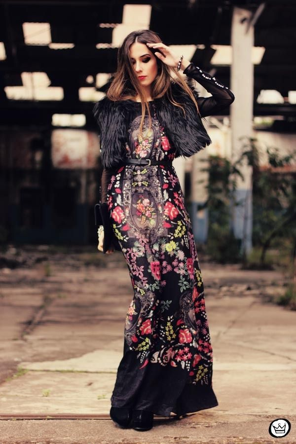 Ever thought of pairing your fur vest over a maxi dress?? NEAT!: