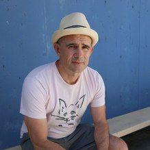 Interview with Mark Z. Danielewski on KCRW Bookworm about The Familiar http://ift.tt/2mwoPrW