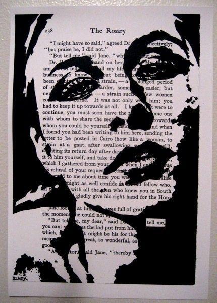 Dies ist ein schwarz / weiß Druck ein Original John Clark.    Die Worte tell me, sind Links im Hintergrundtext unverhüllt.    Es ist auf fünf von sieben Maßnahmen mit einem leichten Rahmen für die Gestaltung und 80 Pfund Karte auf Papier gedruckt.    Das Stück kann verfilzt oder montiert in einem standard-Dokument-Frame angezeigt werden.