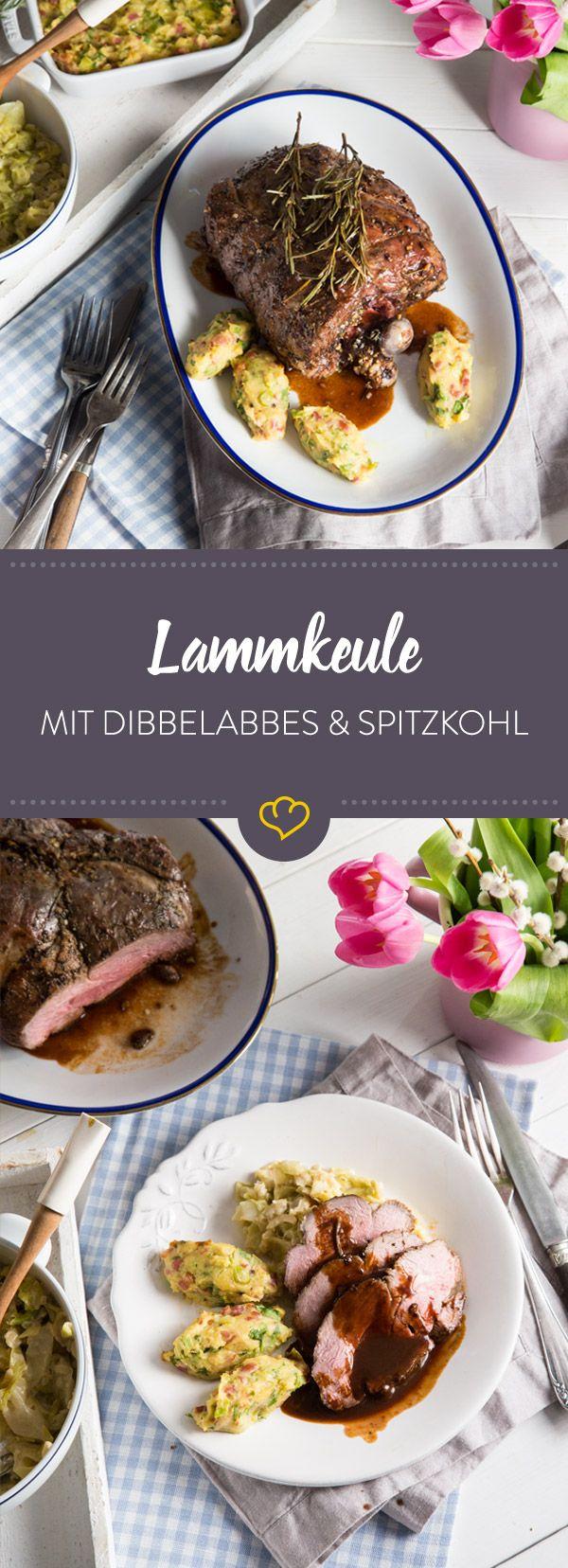 Du suchst noch ein Rezept für Ostern? Wie wäre es mit einer saftigen Lammkeule, westfälischen Dibbelabbes, cremigen Spitzkohl und einer Rotwein-Reduktion?