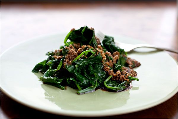 Recipes for Health - Japanese Spinach With Sesame Dressing - NYTimes.com