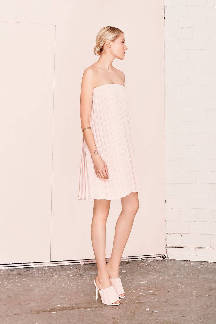 MIRABILIA pleated pastel dress  UNDRESS SS17 collection  www.iwearundress.com