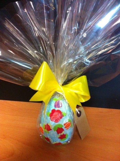 A stunning Easter egg made by blind veterans Brenda Bryon and Arthur Walton #BlindVeteransUK #Easter #Arts #Crafts #Eggs