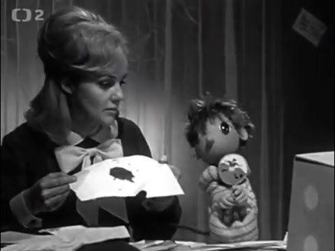 LORINKA A ČERTÍK BERTÍK je unikátní kolekce prvních pohádek na dobrou noc. Tehdy se jednou týdně, každou neděli, vysílaly krátké podvečerní pohádky. Říkalo se jim STŘÍBRNÉ ZRCÁTKO, předchůdce VEČERNÍČKU, a byly vyprávěné živým hercem, např. dětský idol několika generací televizních diváků, česká herečka, scenáristka, dramaturgyně a dlouholetá televizní moderátorka ŠTĚPÁNKA HANIČINCOVÁ. V tomto večerním bloku se první pohádka na dobrou noc vysílala v roce 1963.
