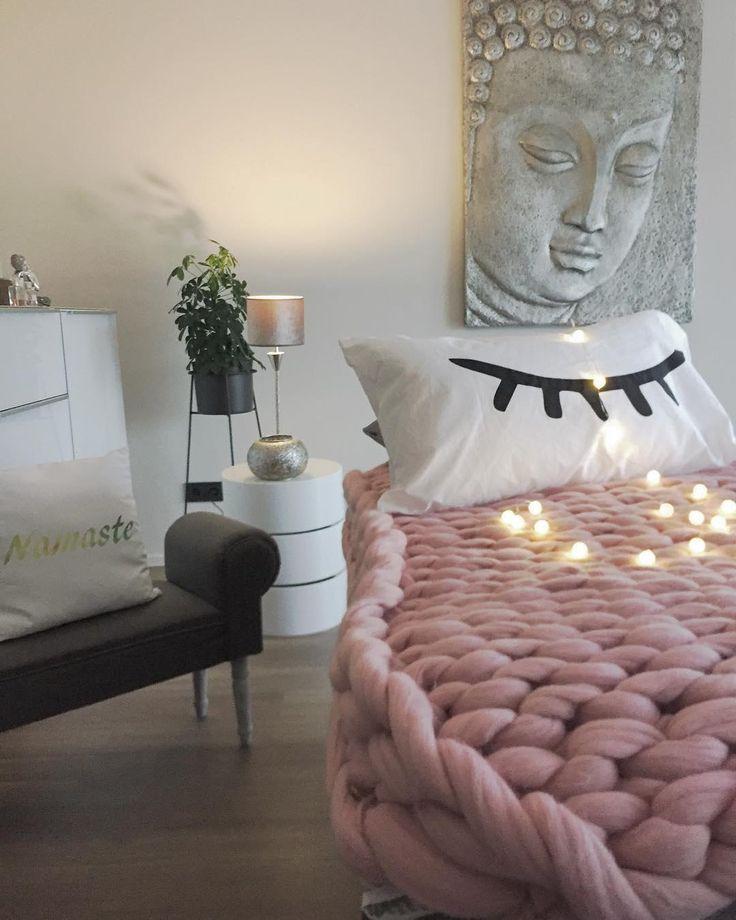 die besten 25 schlafzimmer lichterkette ideen auf pinterest schlafzimmer deko hochschule. Black Bedroom Furniture Sets. Home Design Ideas