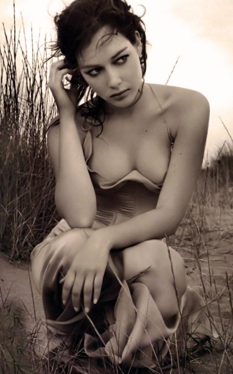 Cristiana Capotondi, italian actress erotic bella ..xxBellaDonnaxx