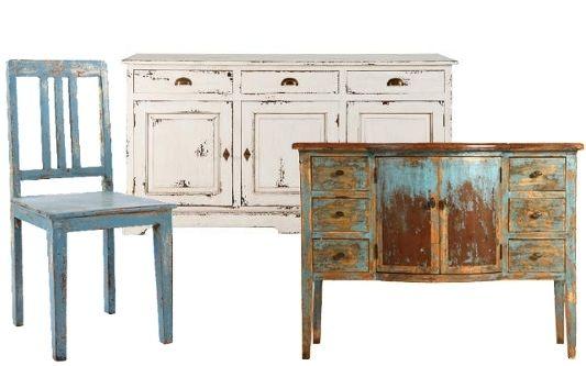 Möbel Tische Stühle Kommoden Sideboards Couchtische Beistelltische shabby streichen lackieren Kreidefarbe gealtert Strandhausmöbel Patina