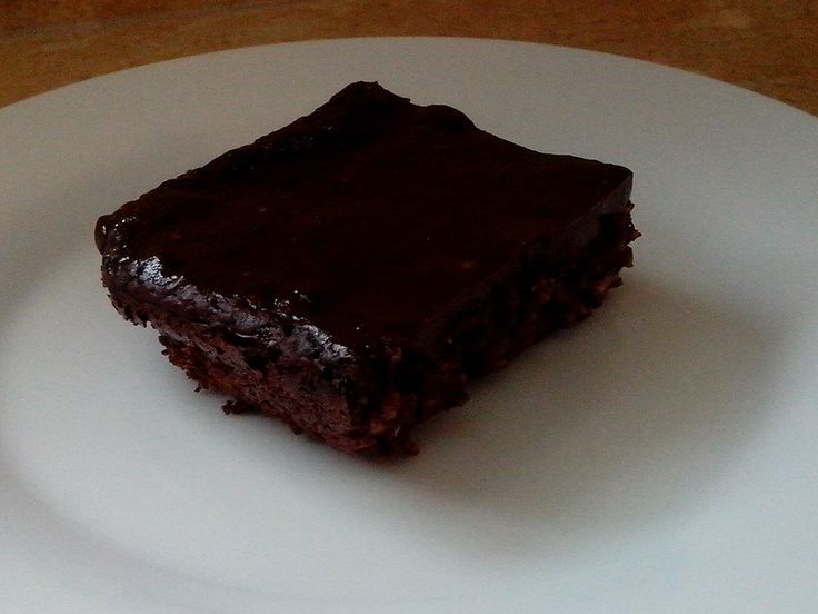 "Annie's THM Brownies - E  3/4 c 0% Greek yogurt 1/4 c almond milk 1/2 c cocoa powder 1/2 c oat flour 1/2 c xylitol 3 T liquid egg whites 1/3 c applesauce 1 t baking powder Pinch salt Bake in 8x8"" sprayed baking dish at 400 for 20-25 mins Frosting: In small pan, boil 1/2 c almond milk 1/4 c xylitol (or less) 6 drops hazelnut Stevia (or vanilla) 2 t cocoa powder Tiny pinch salt. Sprinkle 1/4 tsp xanthun gum (optional, I did) and whisk vigorously for about 1 minute. Pour on baked brownies and…"