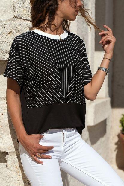 Kadın Siyah-Beyaz Krep Çizgili Bluz