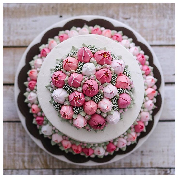 """まるで食べられるお花のよう‥息を呑むほどロマンチックな""""フラワーケーキ""""に見惚れる   by.S"""