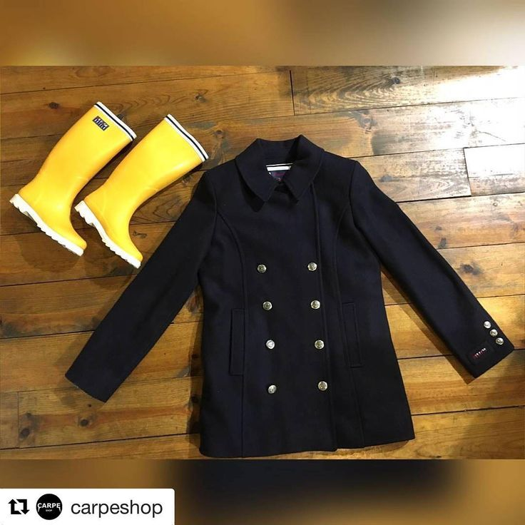 #Batela para tus #regalos #navideños ⚓⚓⚓ #abrigo #coat #katiuskas #rainboots #joursdepluie #rainydays #winter #bottesdepluie #trenca #trench #navy #moda #nautica #nautical #fashion #coldweather #warmclothing #streetstyle #look #outfit