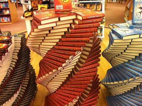 I don't even want to know how many hours it took someone to do this!: Catch Fire, Things Books, The Hunger Games, Books Display, Hunger Games Trilogy, Trilogy Books, Hunger Games Series, Books Spirals, Hunger Games Books