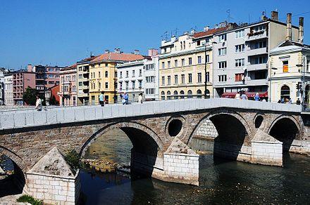 Sarajevo - Puente latino, lugar en el que se produjo el Atentado de Sarajevo en 1914, desencadenante de la Primera Guerra Mundial. Actual capital de Bosnia y Herzegovina.