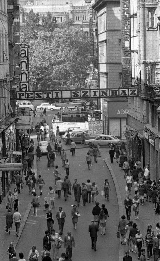 1970-es évek. Váci utca.