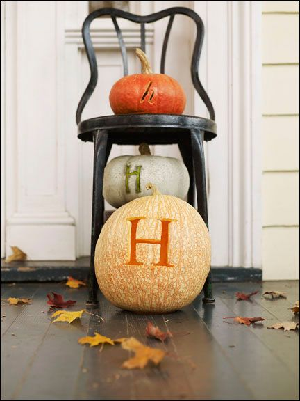 initial jacksDecor Ideas, Cooking Recipe, Fall Decor, Halloween Banner, Pumpkin Carvings, Halloween Porch, Carvings Pumpkin, Old Chairs, Front Porches
