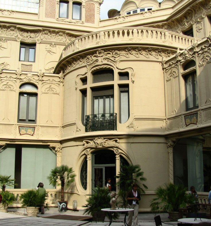 #LMMC #Madrid - Fachada en los jardines  del Palacio de Longoria