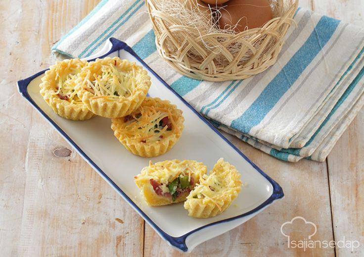 Ayo rasakan sensasi gurih dan lembutnya makanan khas dari Prancis ini. Mini Tomato Quiche hadi untuk membuat saat camilan sore bersama keluarga jadi makin istimewa.