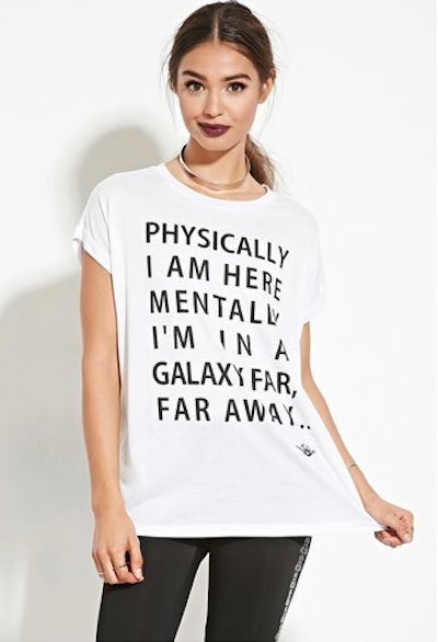 Are you still trying to figure out what to wear when you see Star Wars: The Force Awakens in theaters? Well, Forever 21 has the solution with a new collection inspired by the Dark and Light side of the Force.