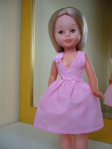 Patrón Nancy vestido escote cruzado: 1) http://1.bp.blogspot.com/_R8uaMo2-1cc/S6vGbBRXnwI/AAAAAAAABh0/YUm58eG3d2o/s1600/patr%C3%B3n+vestido+escote+cruzado.jpg 2) http://labibliotecasilvestre.blogspot.com.es/2009/12/patron-nancy-vestido-escote-cruzado.html