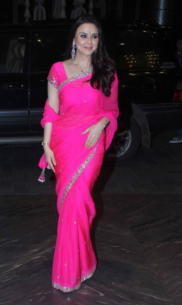 preity-zinta-shahid-kapoor-wedding-reception