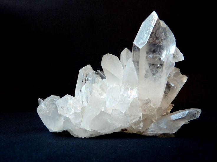 Vuorikristalli, Selväksi Valkoinen, Helmi Top