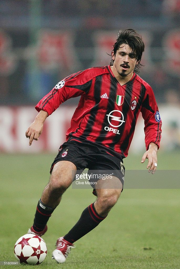Gennaro Gattuso of Milan in action during the UEFA Champions League Group F match between AC Milan and Shakhtar Donetsk at the San Siro on November 24, 2004 in Milan, Italy.
