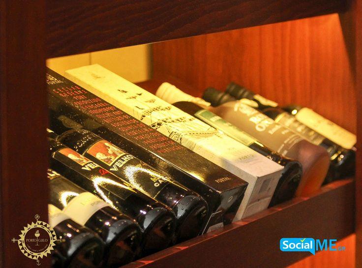 Τεράστια ποικιλια κρασιών για να επιλέξετε απο την κάβα μας #PortogaloWineBar #WineExperts #Food #Thessaloniki #Skg 