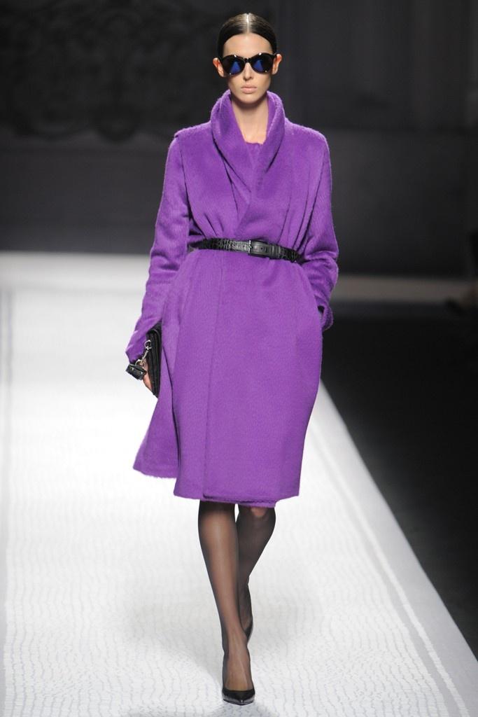 Fall 2012 Trend: I Heard It Through the Grapevine  (Alberta Ferretti RTW Fall 2012)Fashion Weeks, Purple Coats, Purple Heavens, Purple Amethysts, Beautiful Purple, Fall 2012, Purple Circles, Purple Fashion, 2012 Trends