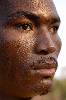Akan facial scarification marks