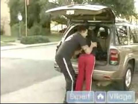Need to watch for Women going to the store : Be Aware Loading Automobiles for Women's Self-Defense