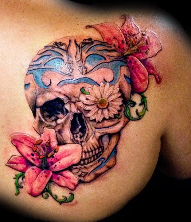 Flowered skull tattoo