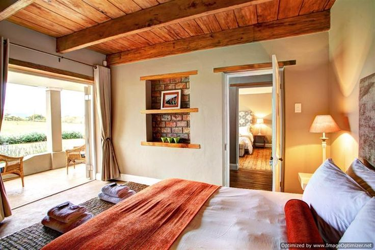 Libertas Guest Farm accommodation near Wilderness, Western Cape. Occasionally ye old Captain Getaway stumbles across a gem that boldly ticks just about every box on the Show Me The Perfect Getaway show.