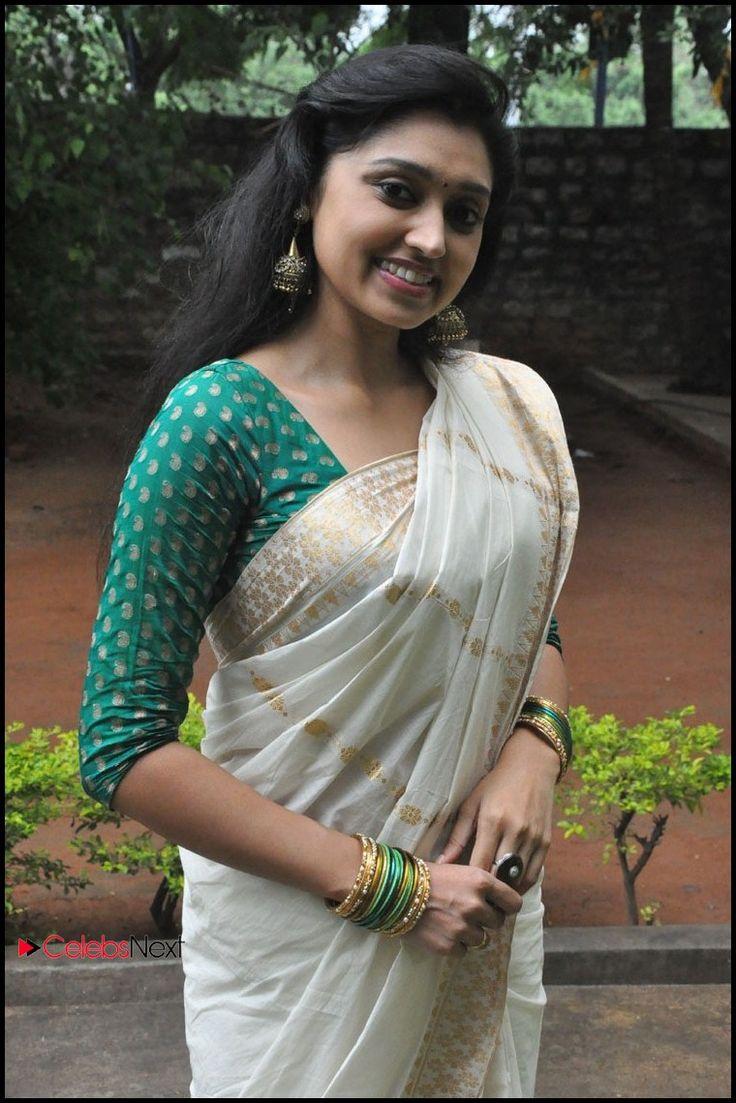 sija rose | Sija Rose Latest Hot Photos in Saree at Ela Cheppanu Movie Audio ...