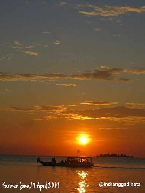 Senja di Kepulauan Karimun Jawa