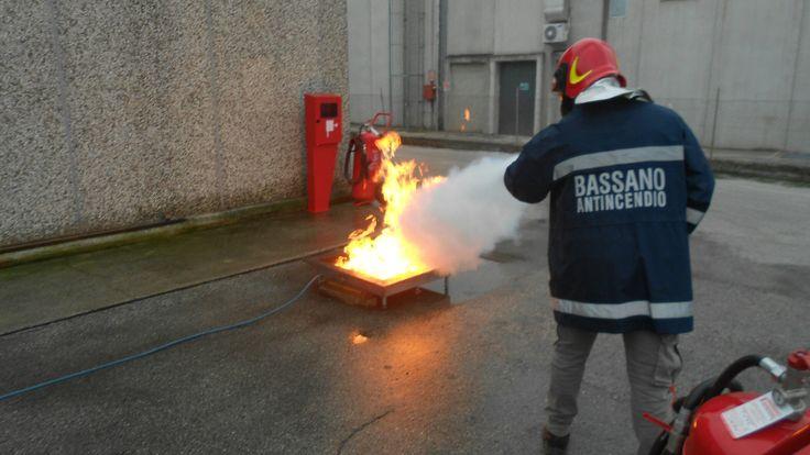 Corso Antincendio D.Lgs 81 a Vicenza www.bassanoantincendio.it #antincendio #formazione