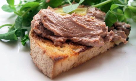 Felicity's Perfect Chicken Liver Pâté - I've never had pate, but it is a diet necessity for me and this recipe sounds like a good one to try.