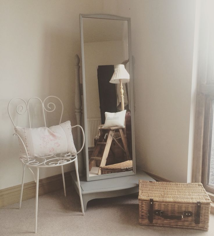 x Sold x A Cheval Mirror painted using Annie Sloan Paris Grey chalk paint.  Price: £142 On display at Jilly, Tilly & Boo, Wellington, Somerset ️xx