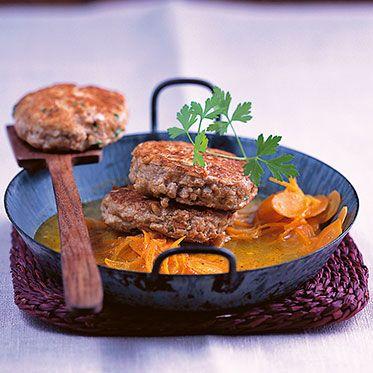 Tofu-Walnuss-Burger auf Möhren