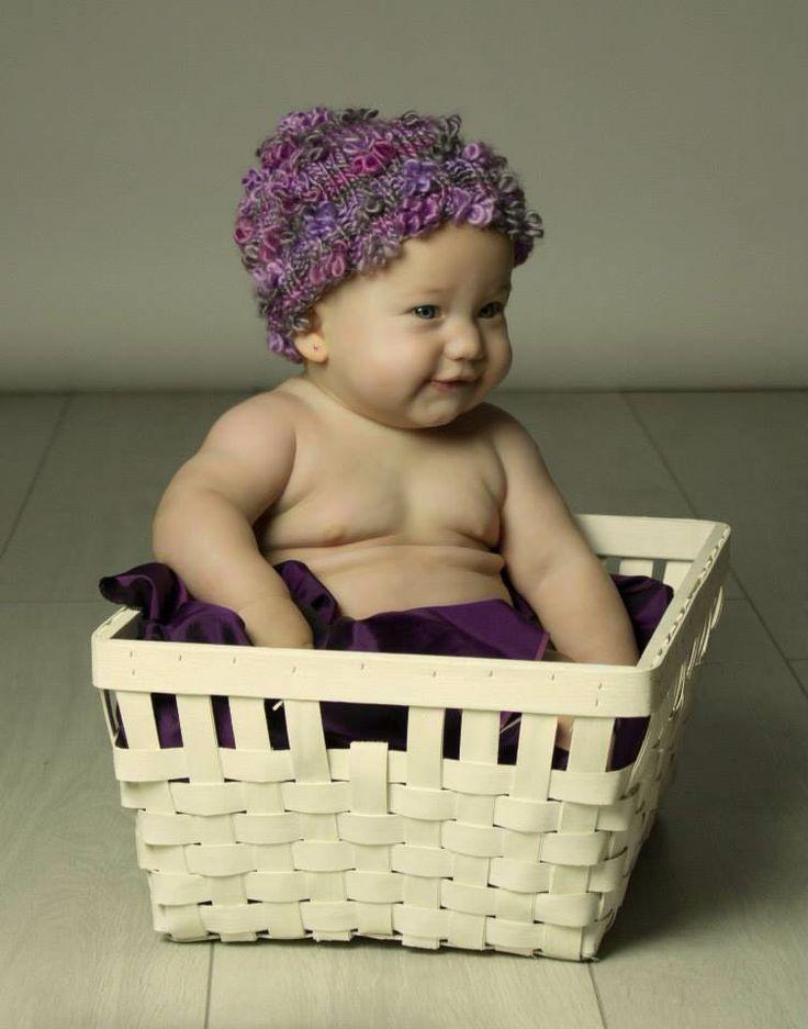 Baby photography  Photo: Krisztina Papp   Sophia was an amazing, Happy chubby girl :)