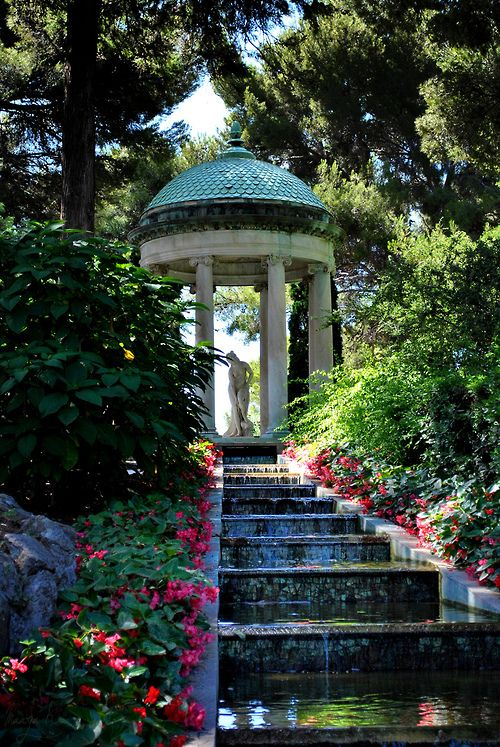 Villa Ephrussi de Rothschild, France (by Mammu K.)