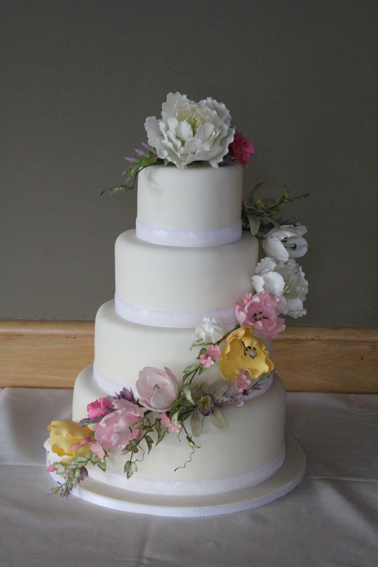 Wedding cake with Garden themed sugar flowers