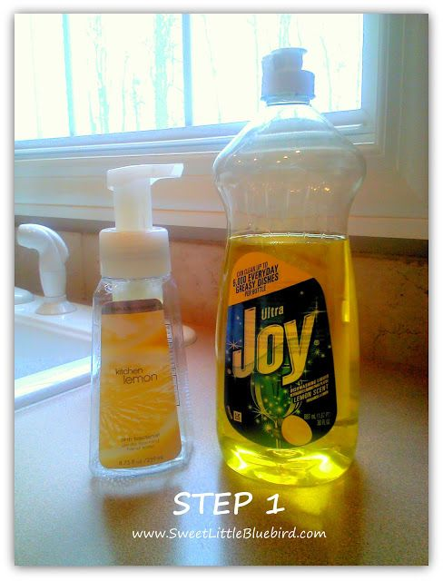 Make Your Own Foaming Hand Soap - so simple, never run out again (lemon for the kitchen) | SweetLittleBluebird.com